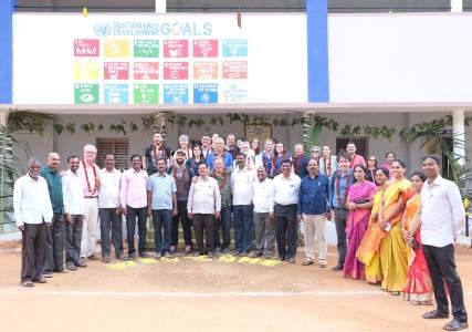Cooperatives valencianes inauguren una escola a Anantapur (l'Índia) per a 367 joves